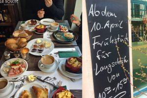 "Monsieur Renard und sein petit-déjeuner (Frühstück á la carte im ""La Bouche"")"
